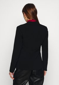 ONLY - ONLAUBREE RUNA FITTED - Blazer - black - 2