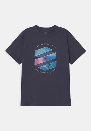 ACTION SHOT - Print T-shirt - navy