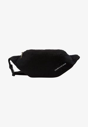 STREETPACK - Rumpetaske - black