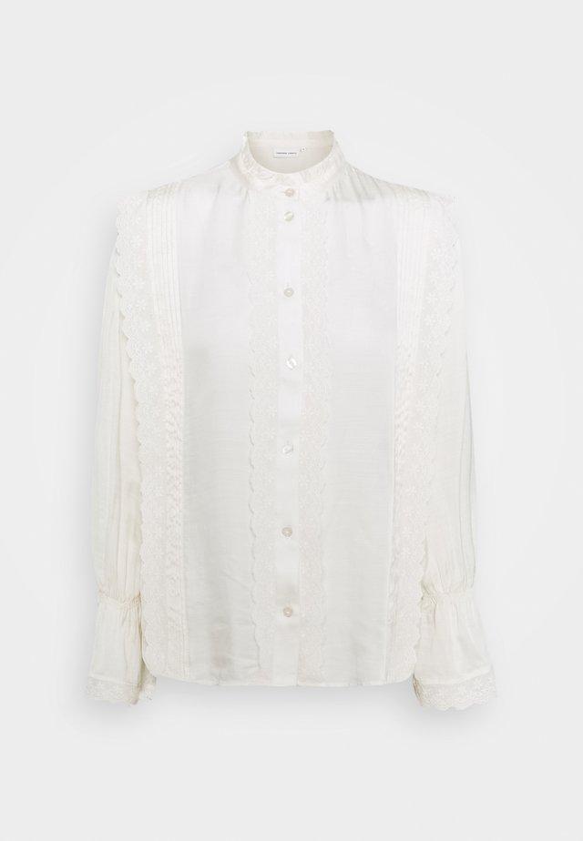 AUSTIN BLOUSE - Skjortebluser - off-white