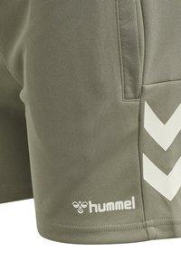 Hummel - Sports shorts - vetiver - 6