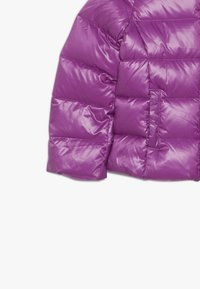 Benetton - JACKET - Bunda z prachového peří - purple - 3