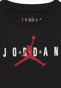 Jordan - BRAND TEE  - Print T-shirt - black - 3