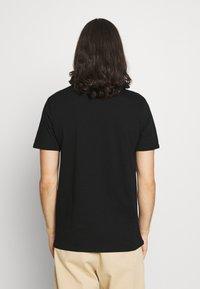 CLOSURE London - ROCK ROLL ROSE TEE - Print T-shirt - black - 2