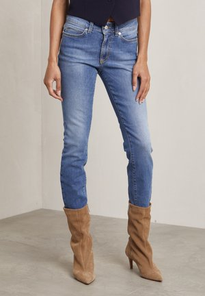 Slim fit jeans - used light blue