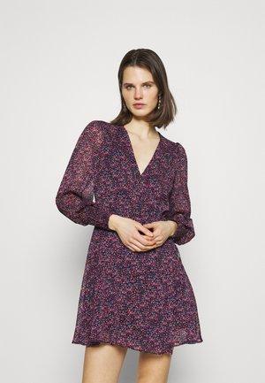 Day dress - serge violet