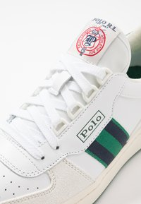 Polo Ralph Lauren - COURT ATHLETIC SHOE - Tenisky - white/kelly green - 5