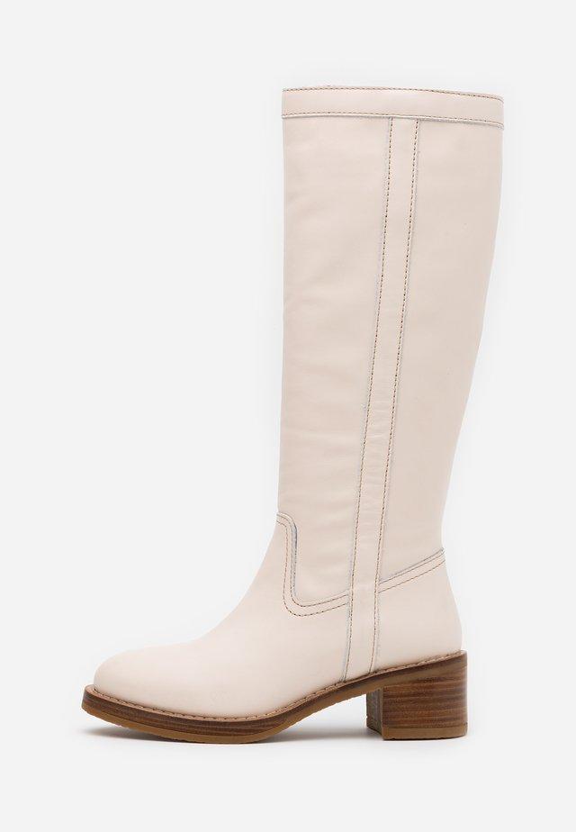 MADAME - Vysoká obuv - offwhite