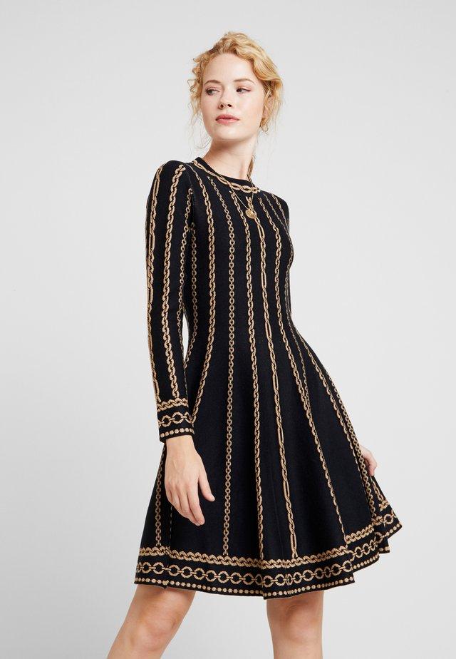 NAVIRE - Gebreide jurk - black