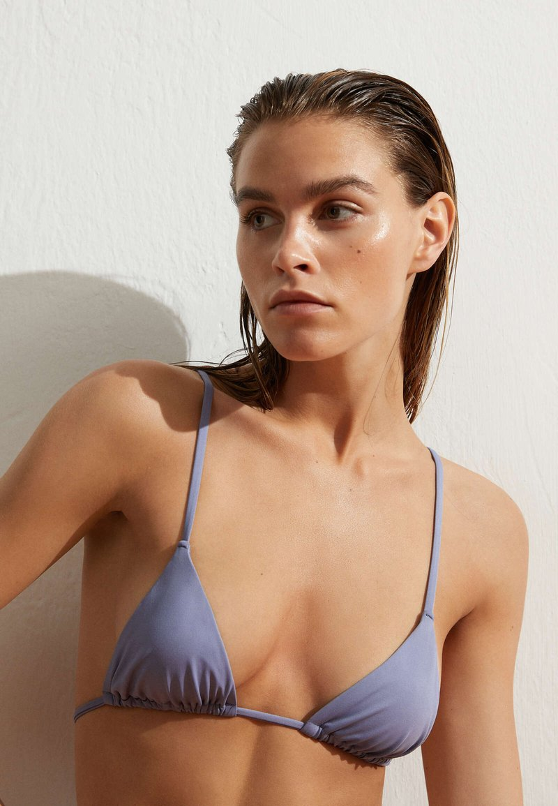 OYSHO - Bikini top - blue