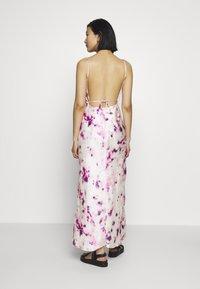 Bardot - TIE DYE SLIP DRESS - Maxi dress - purple - 2