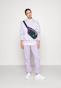 Monki - Hoodie - lilac purple dusty light solid - 1