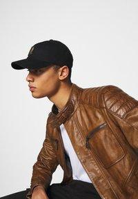 Belstaff - WEYBRIDGE JACKET - Leather jacket - burnished gold - 3