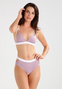 Undress Code - BE GIRLISH - Reggiseno a triangolo - light pink - 1