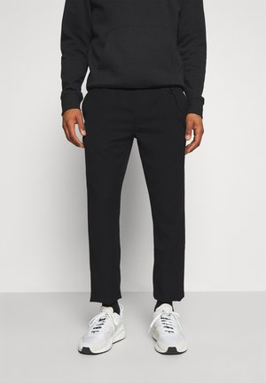 SOLID SCANTON PANT - Trousers - black