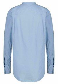 BOSS - BEFELIZE - Button-down blouse - bleu - 2