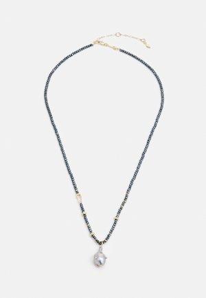 STUDDED BAROQUE PENDANT NECKLACE - Halskette - gold-coloured/hematite grey