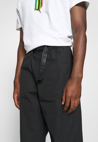 Levi's® - STAY LOOSE CLIMBER  - Broek - jet black - 4