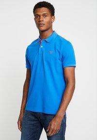 GANT - CONTRAST COLLAR RUGGER - Polo shirt - lake blue - 0