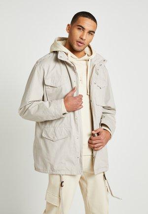 UNISEX LEWIS HAMILTON FIELD - Summer jacket - beige