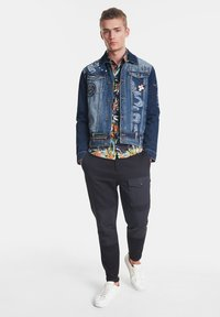 Desigual - CHAQ  ADAM - Kurtka jeansowa - blue - 1