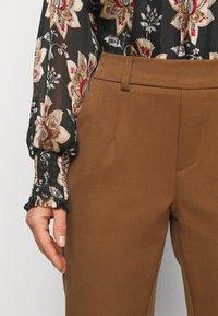 Object Petite - OBJLISA SLIM PANT - Trousers - partridge - 5