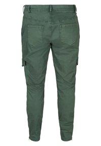 Zizzi - Cargo trousers - green - 5