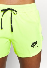 Nike Performance - AIR SHORT - Pantalón corto de deporte - volt/volt/black - 5
