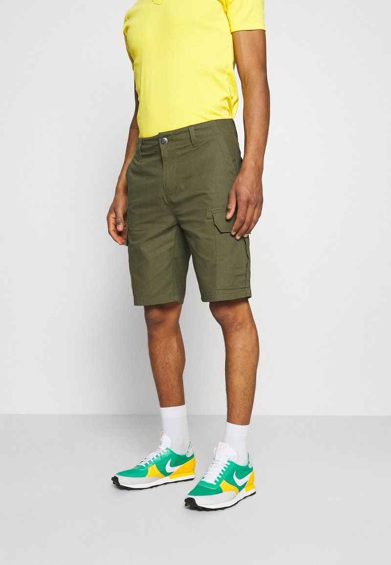 Dickies - MILLERVILLE - Shorts - military green