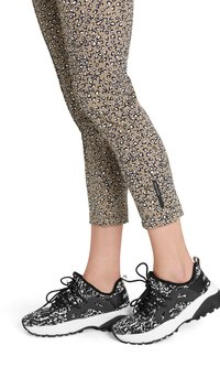 Marc Cain - Trousers - classic sand - 3