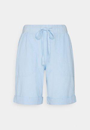 KANAYA - Shorts - chambray blue