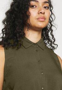 Anna Field Curvy - Shirt dress - olive - 3