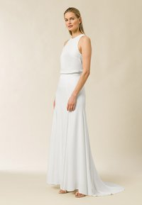 IVY & OAK - MIT SCHLEPPE - Maxi skirt - snow white - 1