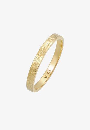 Classic Basic  - Ring - gold