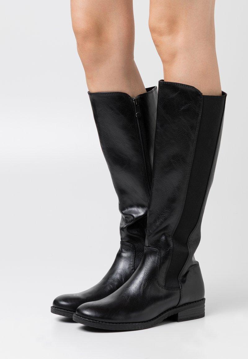 Marco Tozzi - Vysoká obuv - black antic