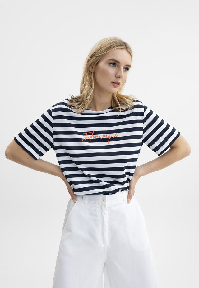 Print T-shirt - navy/weiß gestreift