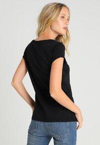 edc by Esprit - CORE - Basic T-shirt - black - 2
