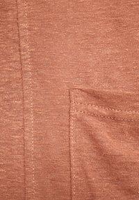 Pieces - PCMISSY MIDI CARDIGAN - Cardigan - copper brown - 5