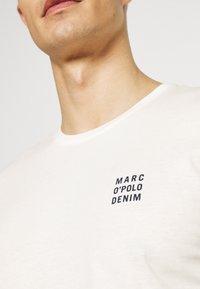 Marc O'Polo DENIM - SMALL CHEST LOGO 2 PACK - Basic T-shirt - scandinavian white/scandinavi - 6