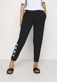 DKNY Intimates - CASUAL FRIDAY - Bas de pyjama - black - 0