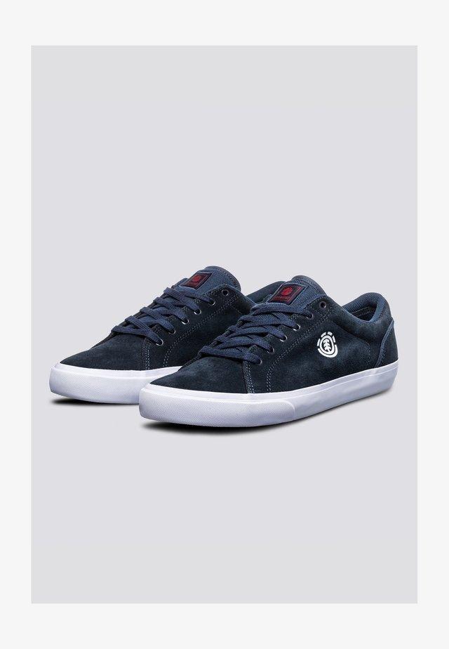 CREETON - Sneakers laag - navy/white