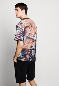Raeburn - HABOTAI MARS - T-shirt con stampa - multi-coloured - 2