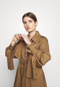 MAX&Co. - CATALOGO - Trenchcoat - brown - 4