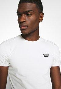 Antony Morato - SUPER SLIM FIT - Basic T-shirt - ice - 3