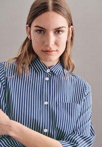 Seidensticker - Shirt dress - dunkelblau - 4