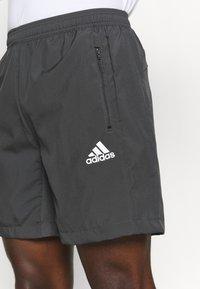 adidas Performance - Krótkie spodenki sportowe - grey six - 4