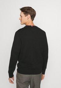 Tommy Hilfiger - PIMA - Stickad tröja - black - 2