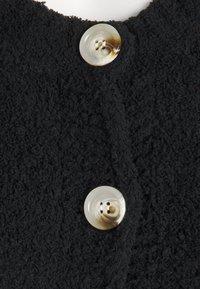 Missguided - POPCORN CROP CARDI - Cardigan - black - 2