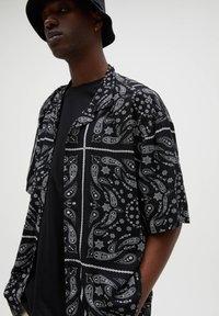 PULL&BEAR - Shirt - black - 3