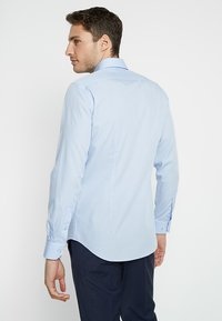 Tommy Hilfiger Tailored - POPLIN CLASSIC SLIM FIT - Kauluspaita - blue - 2